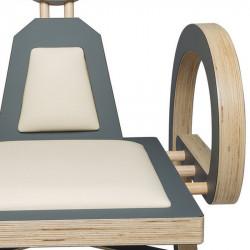 Zoom chaise ELENA design et tendance en bois, gris/beige
