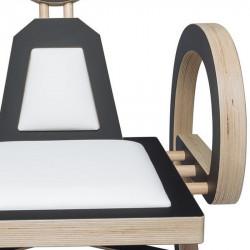 Zoom chaise ELENA design et tendance en bois, noir/blanc
